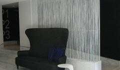 Использование нитяные шторы в декоре